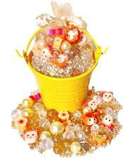 Novelty Kitty cat bead bucket kit - makes a necklace and bracelet